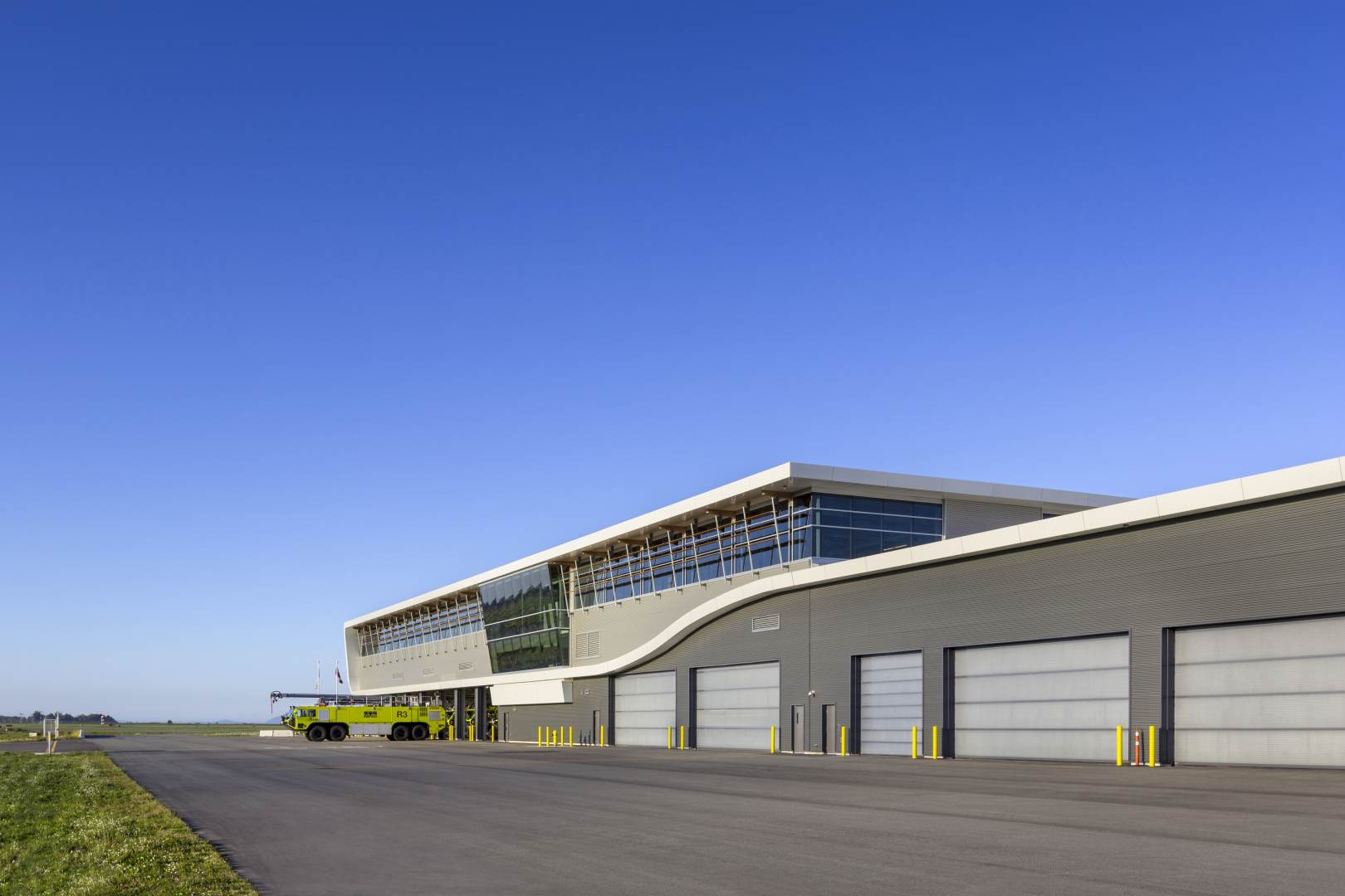 YVR Airside Operations Building