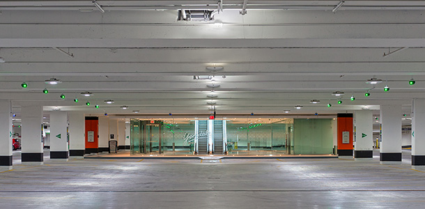 Yorkdale-Shopping-Centre_Parksmart-certification